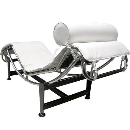 Le corbusier chaise lounge lc4 by le corbusier for cassina for Chaise longue le corbusier precio